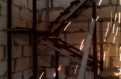 Каркас металлической лестницы -химки