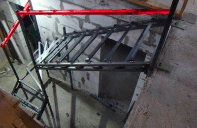 Металлокаркас лестницы в лунёво