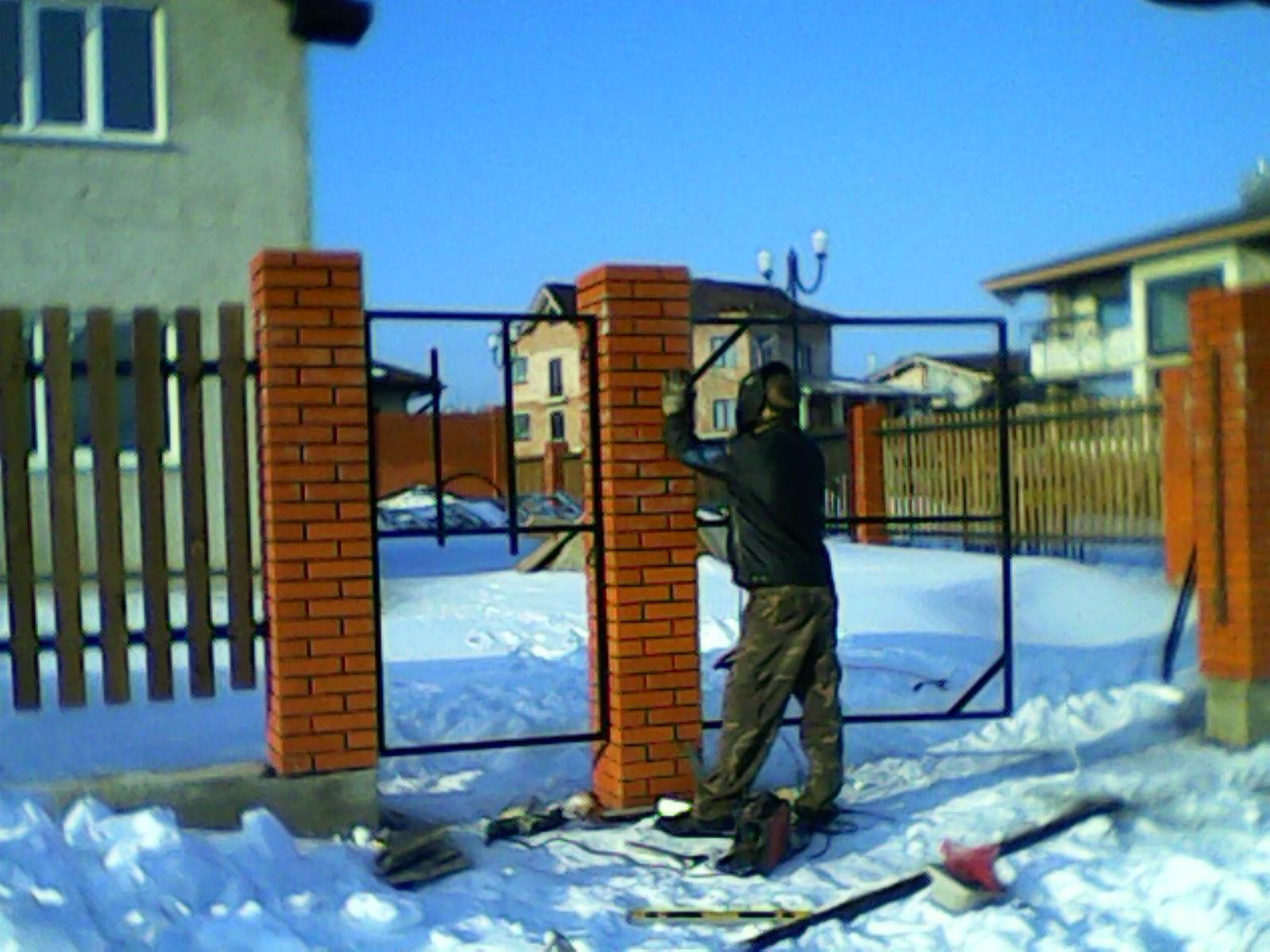 Распашные ворота Новолуговая