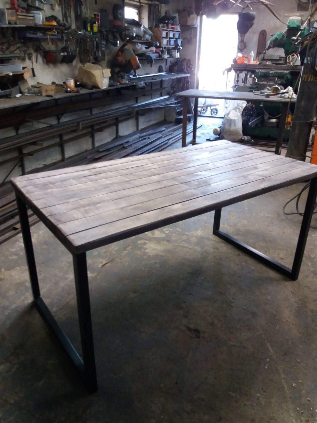 Обеденный стол - лофт