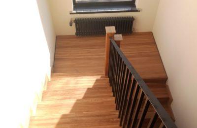 Лестница- отделка дуб- в Федоскино парк