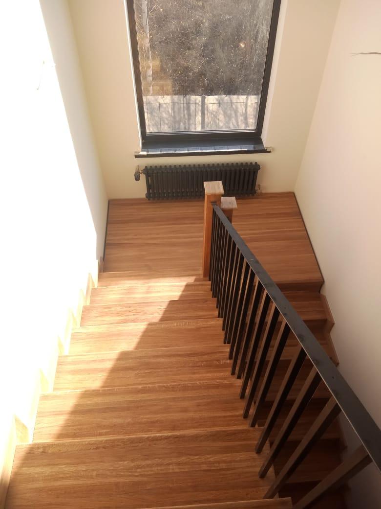лестница дуб