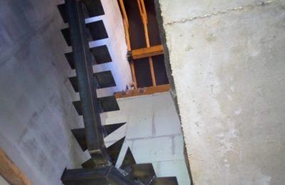 Металлическая Лестница на монокосоуре в Химках