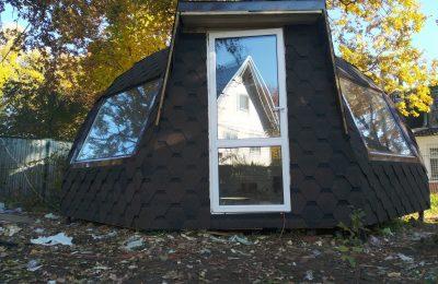 Стратодезический купольный дом на металлокаркасе